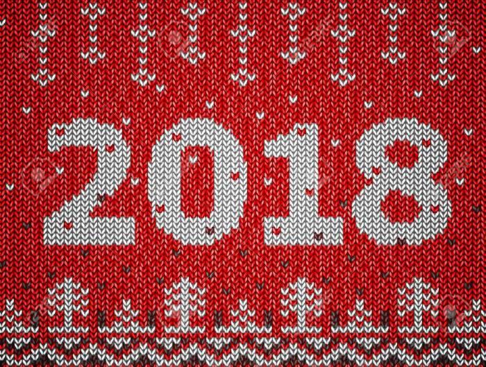 84628082-tarjeta-del-año-nuevo-2018-con-textura-de-punto-fragmento-de-puente-de-navidad-con-2018-año-nuevo-la-mejor-Foto-de-archivo.jpg