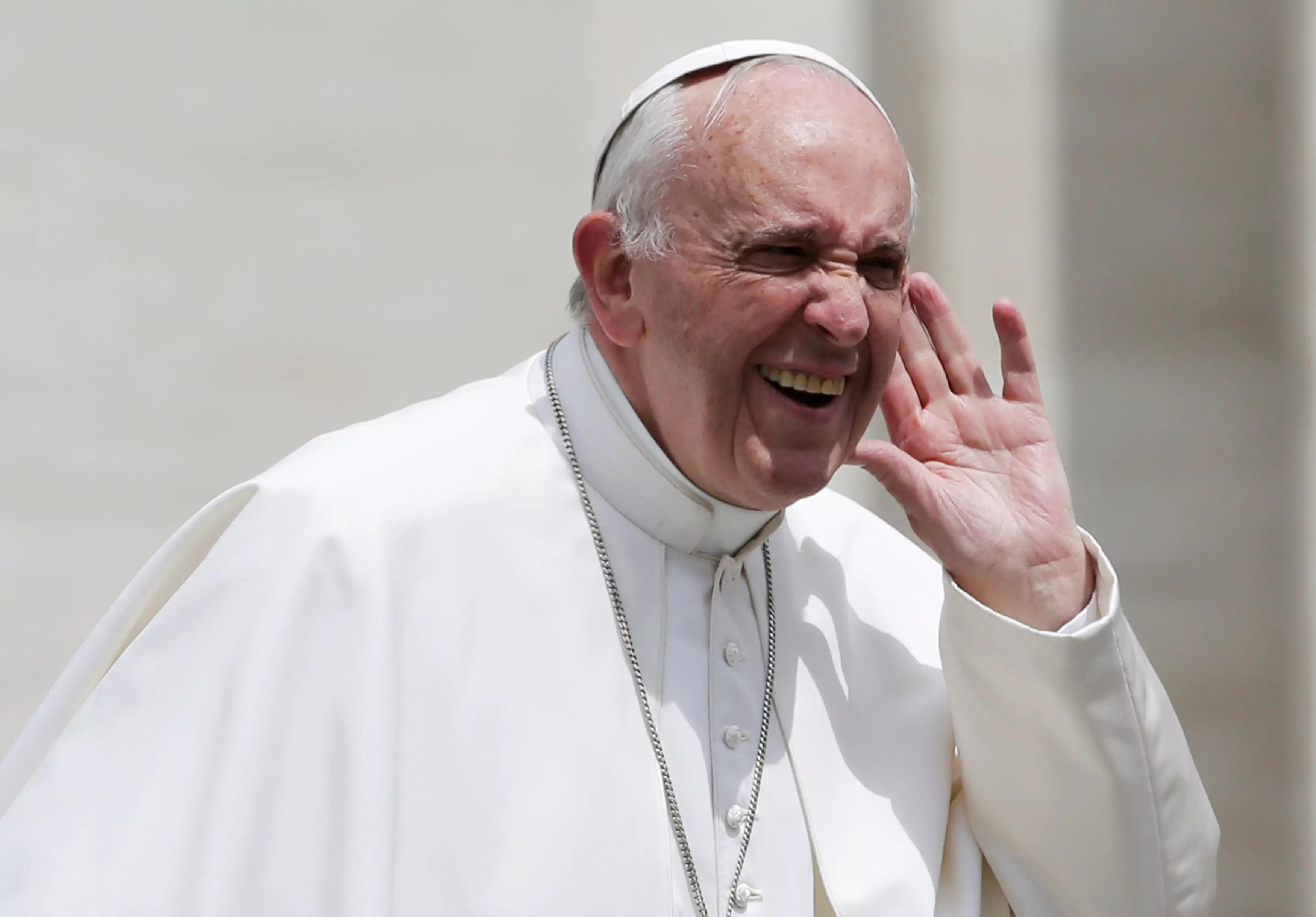 pope-francis-listening.jpg